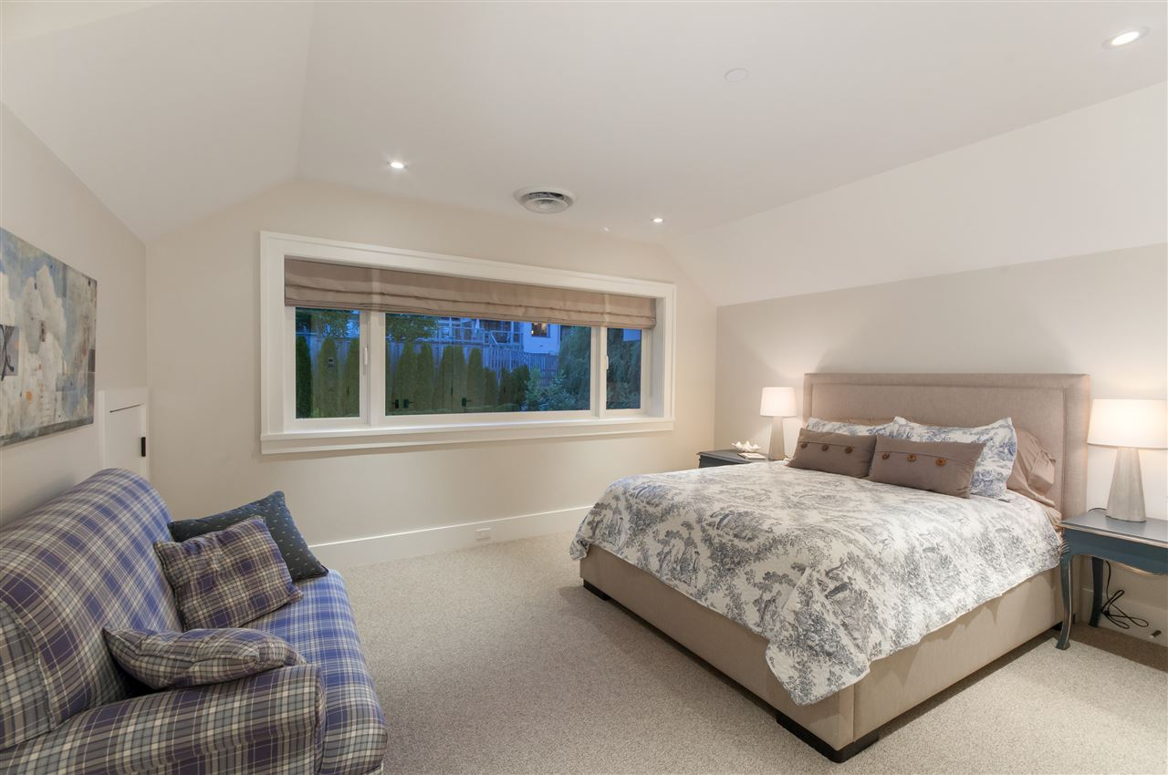 Detached at 4719 PILOT HOUSE ROAD, West Vancouver, British Columbia. Image 16