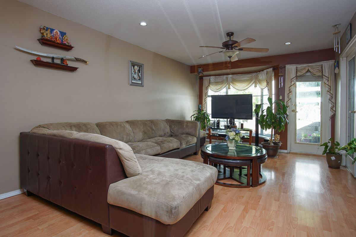 Townhouse at 18 9088 HOLT ROAD, Unit 18, Surrey, British Columbia. Image 3