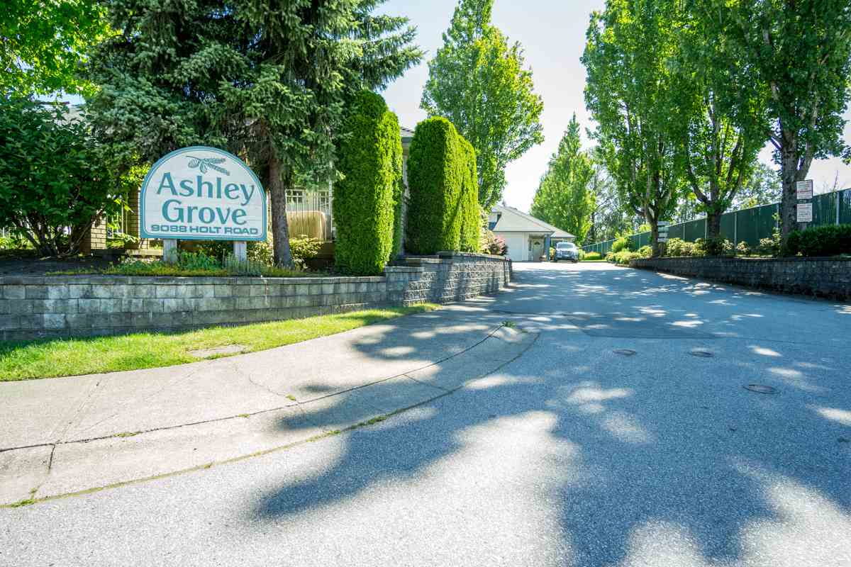 Townhouse at 18 9088 HOLT ROAD, Unit 18, Surrey, British Columbia. Image 16