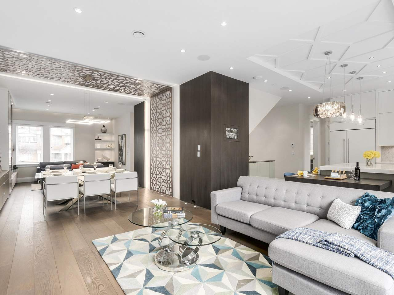Detached at 129-133 W 45TH AVENUE, Vancouver West, British Columbia. Image 4