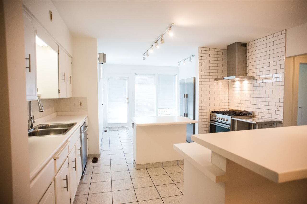 Detached at 3716 W 37TH AVENUE, Vancouver West, British Columbia. Image 4