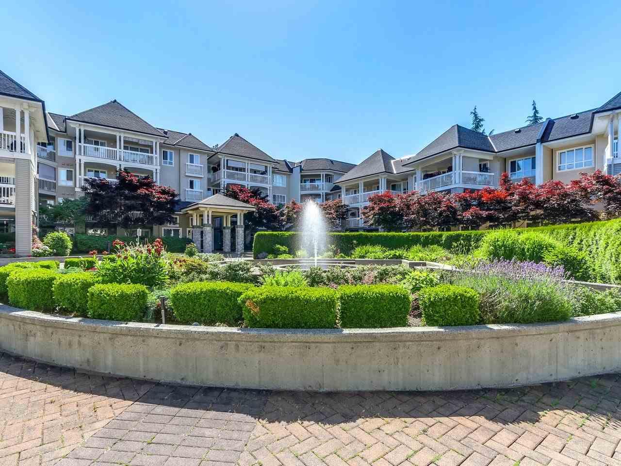 Condo Apartment at 321 22022 49 AVENUE, Unit 321, Langley, British Columbia. Image 2