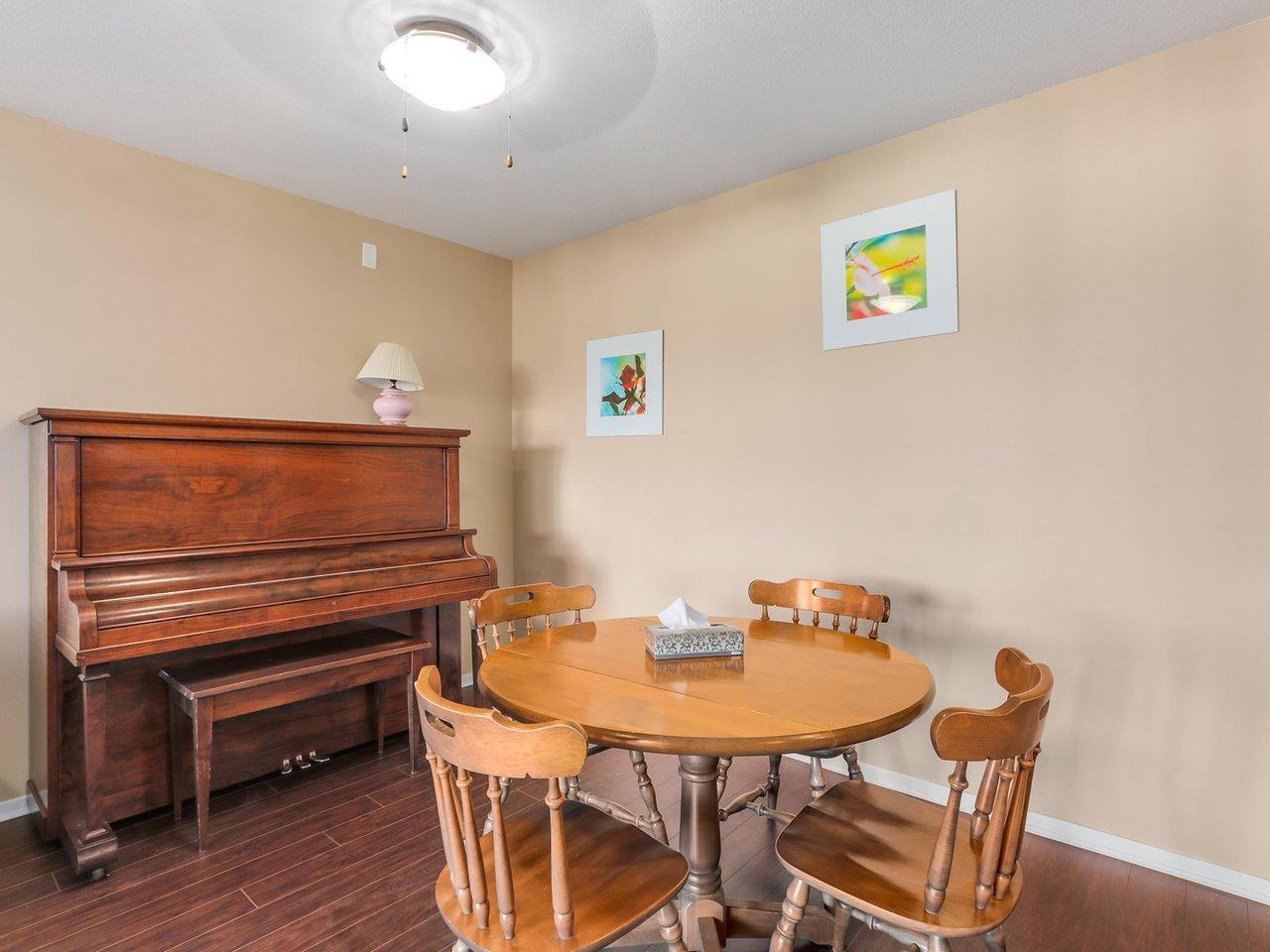 Condo Apartment at 321 22022 49 AVENUE, Unit 321, Langley, British Columbia. Image 5