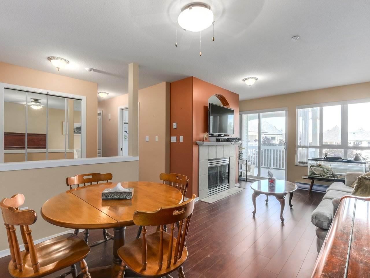 Condo Apartment at 321 22022 49 AVENUE, Unit 321, Langley, British Columbia. Image 6