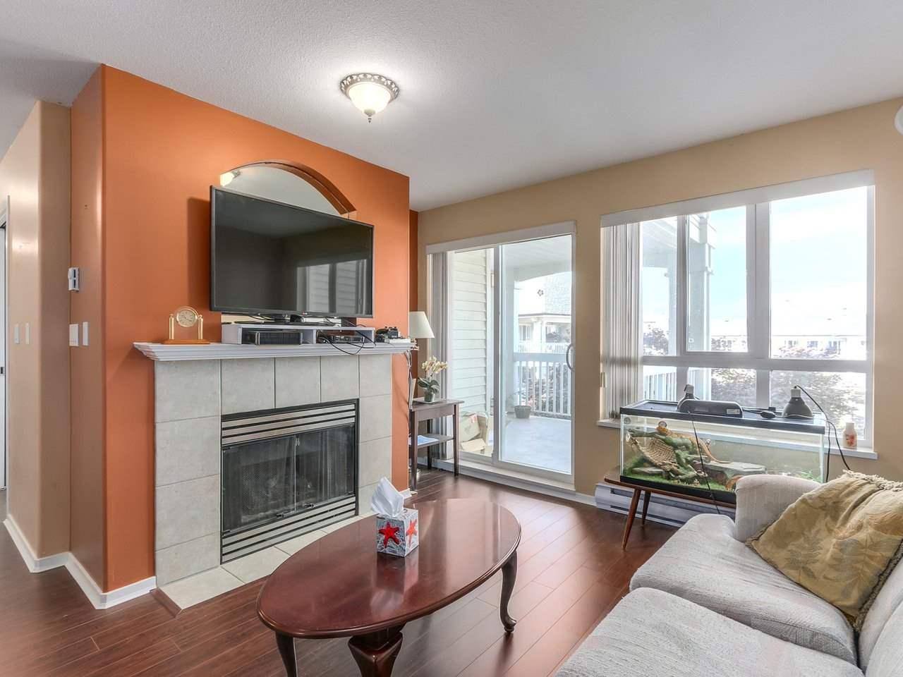 Condo Apartment at 321 22022 49 AVENUE, Unit 321, Langley, British Columbia. Image 7