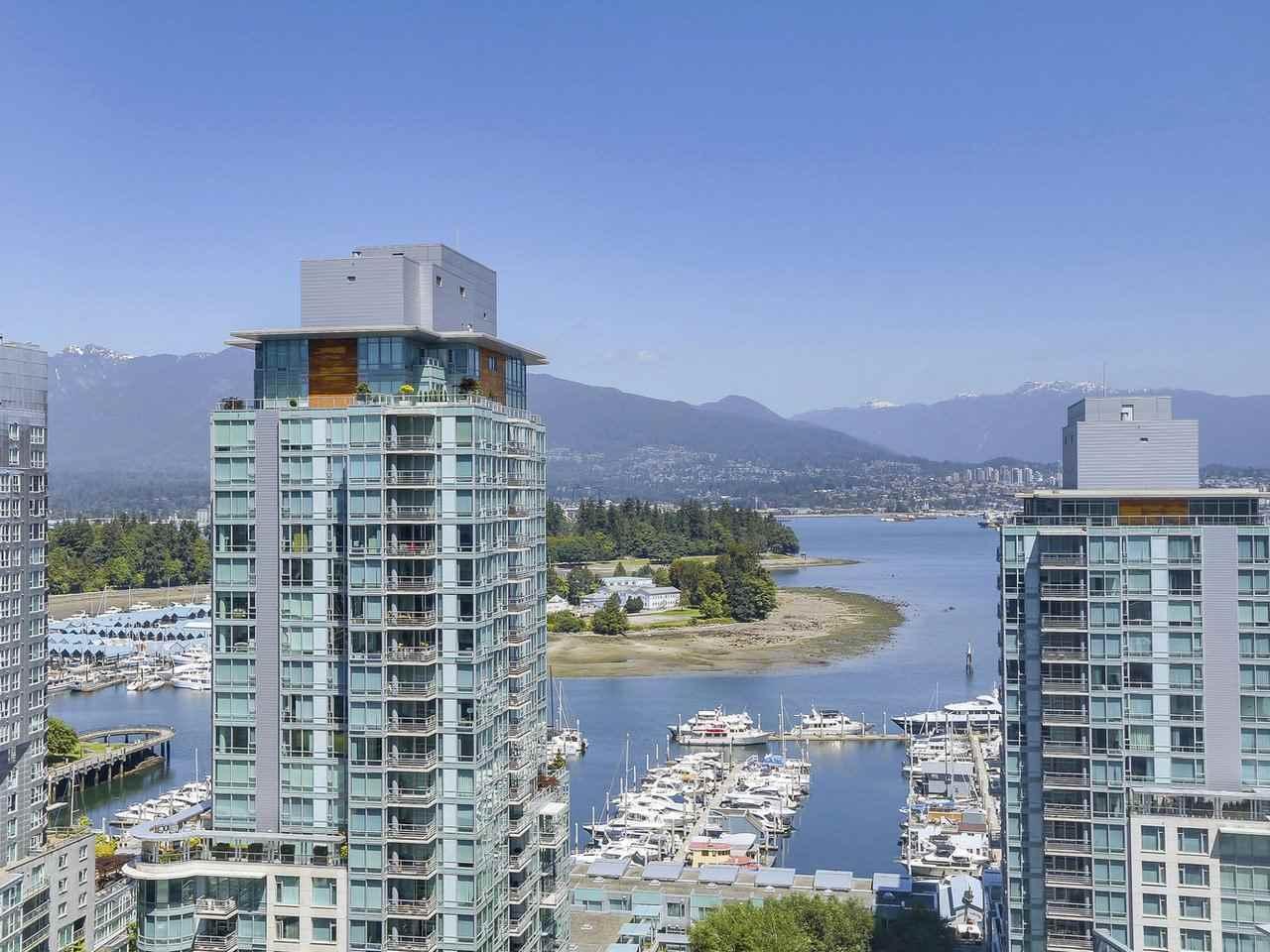 Condo Apartment at 1501 1415 W GEORGIA STREET, Unit 1501, Vancouver West, British Columbia. Image 1