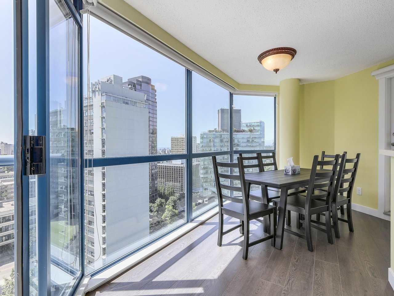 Condo Apartment at 1501 1415 W GEORGIA STREET, Unit 1501, Vancouver West, British Columbia. Image 7