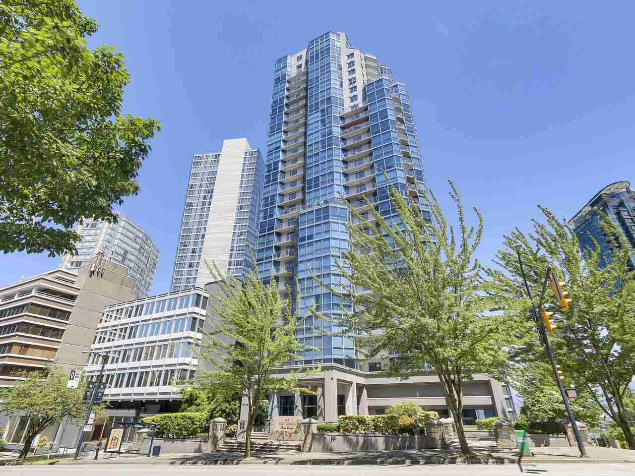 Condo Apartment at 1501 1415 W GEORGIA STREET, Unit 1501, Vancouver West, British Columbia. Image 18