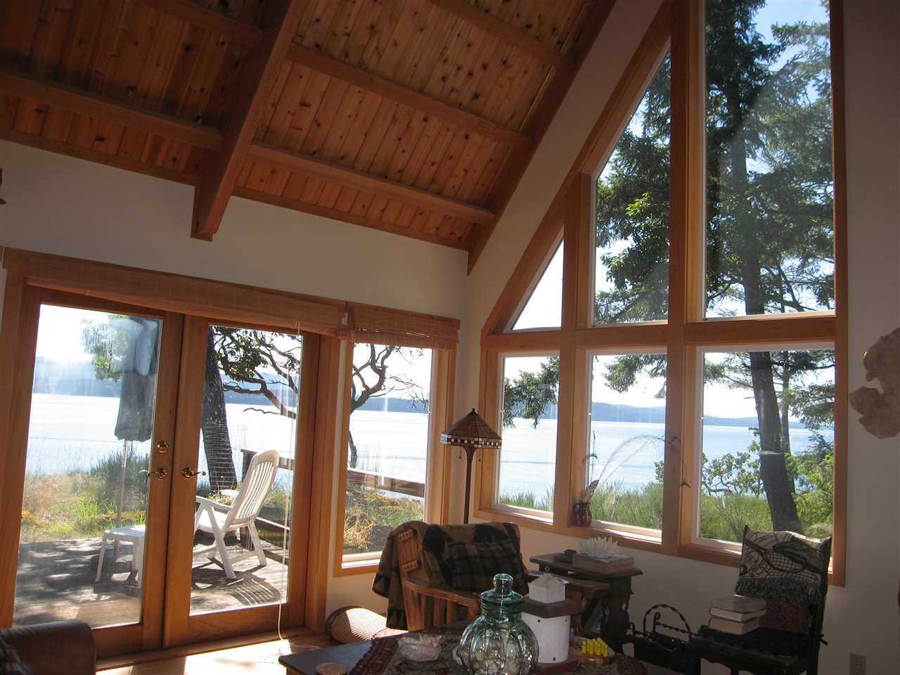 Detached at 146 PHILLIMORE POINT ROAD, Islands-Van. & Gulf, British Columbia. Image 5