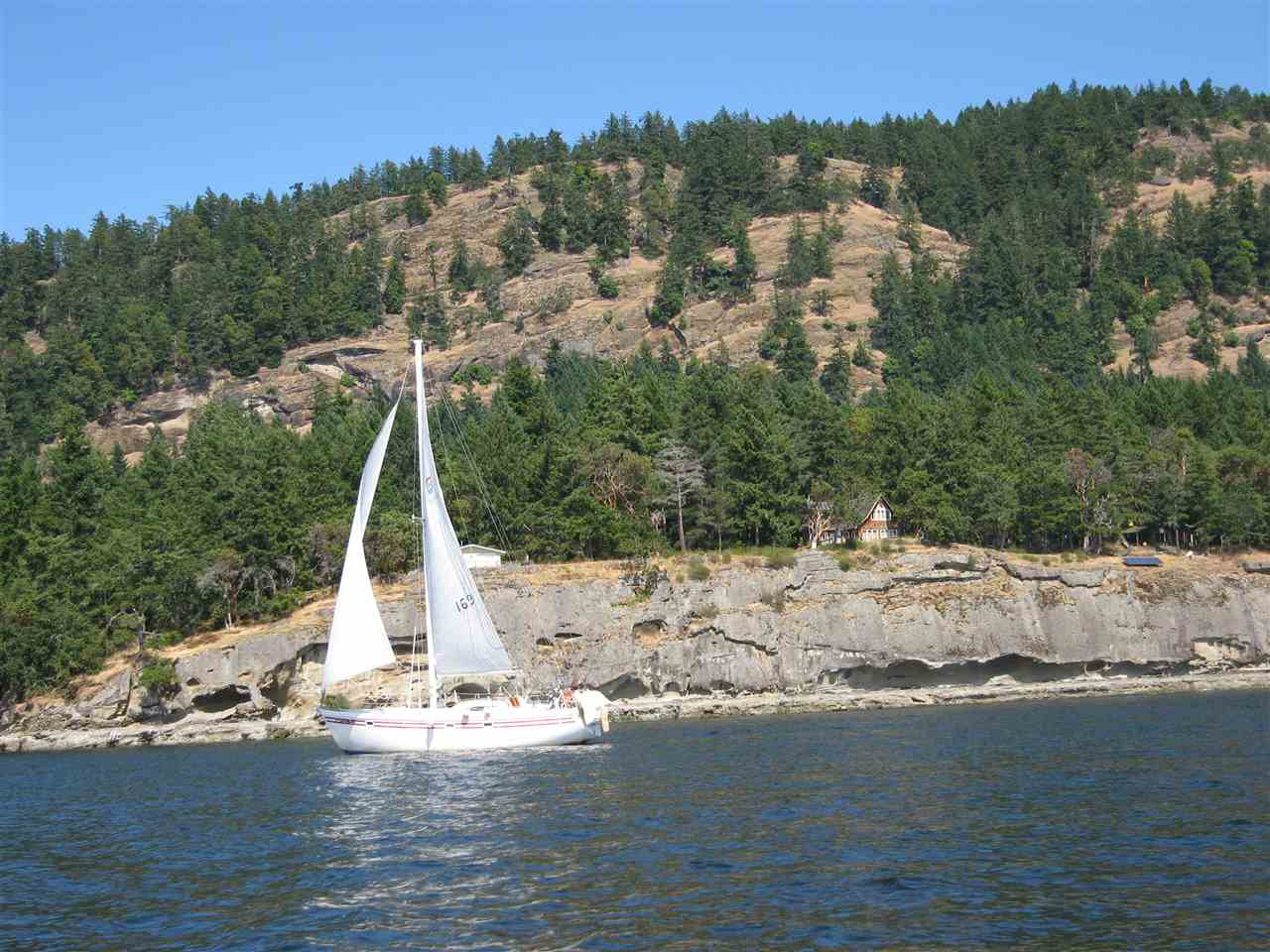 Detached at 146 PHILLIMORE POINT ROAD, Islands-Van. & Gulf, British Columbia. Image 19