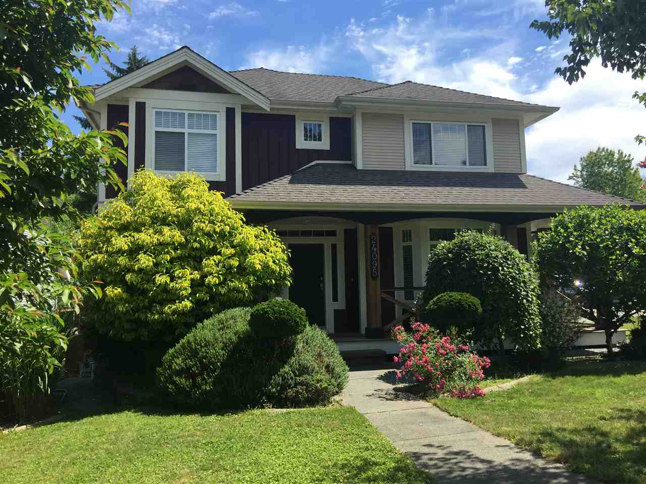 Detached at 24095 MCCLURE DRIVE, Maple Ridge, British Columbia. Image 1