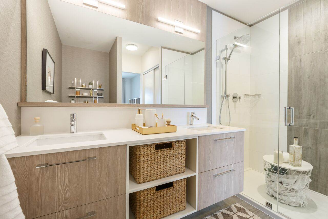 Condo Apartment at 508 1012 AUCKLAND STREET, Unit 508, New Westminster, British Columbia. Image 3