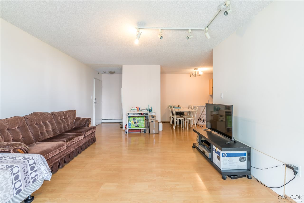Condo Apartment at 202 7240 LINDSAY ROAD, Unit 202, Richmond, British Columbia. Image 3