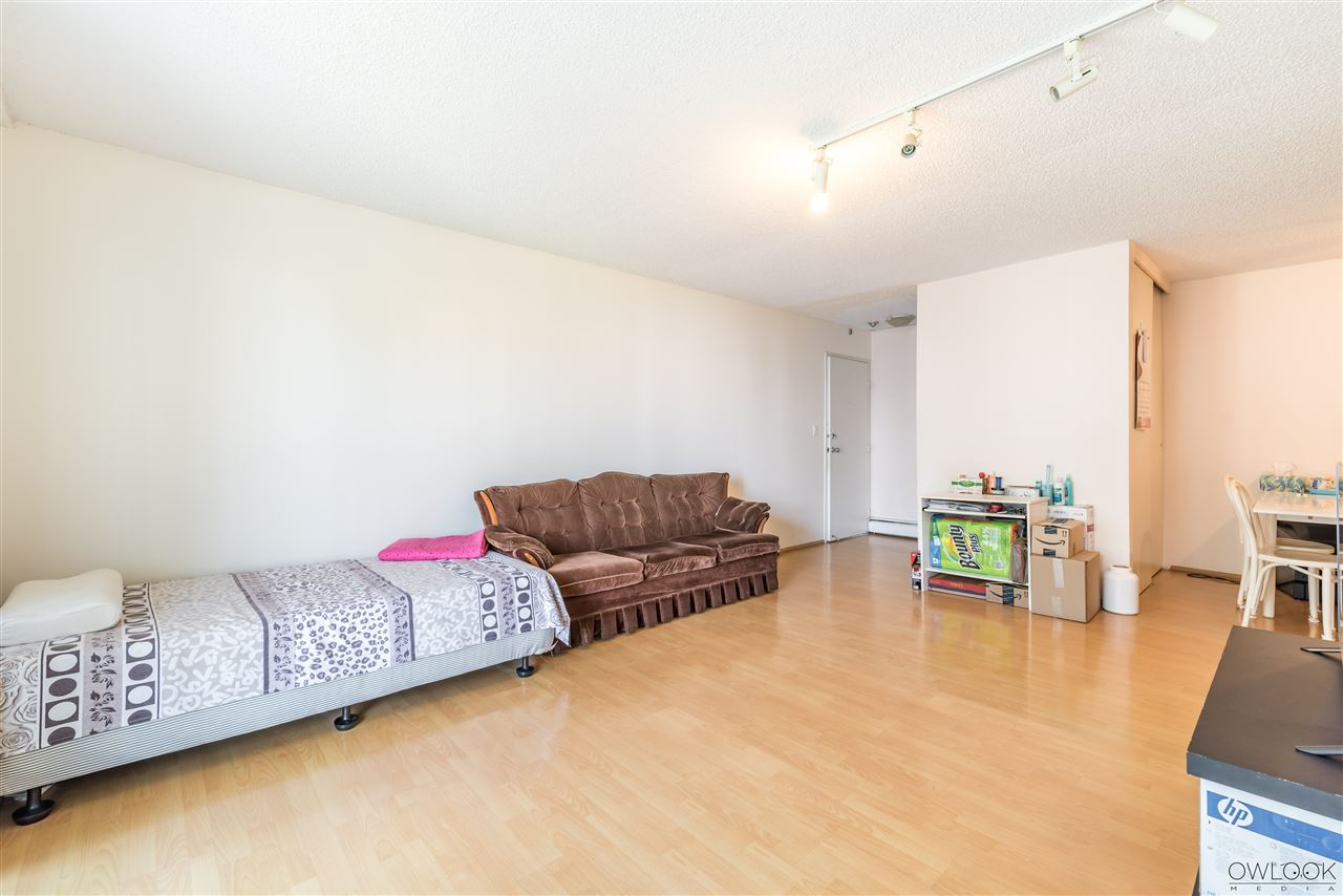 Condo Apartment at 202 7240 LINDSAY ROAD, Unit 202, Richmond, British Columbia. Image 4