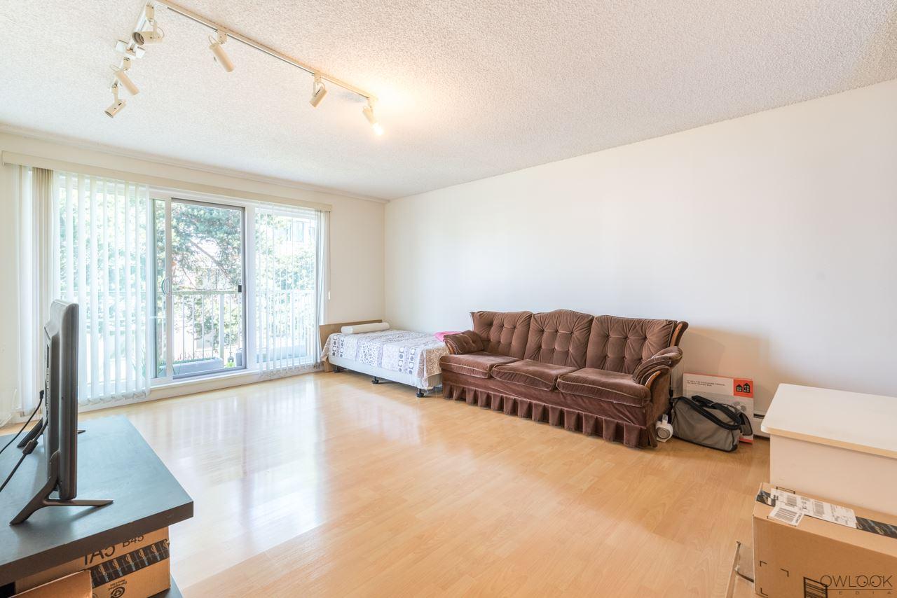 Condo Apartment at 202 7240 LINDSAY ROAD, Unit 202, Richmond, British Columbia. Image 7