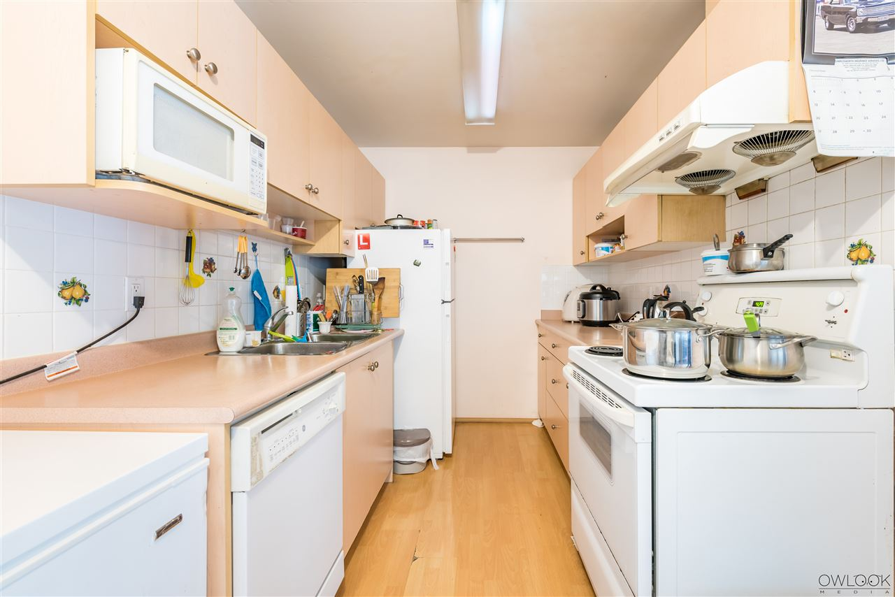Condo Apartment at 202 7240 LINDSAY ROAD, Unit 202, Richmond, British Columbia. Image 8