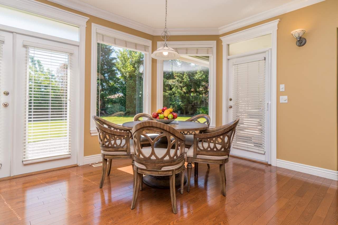 Detached at 15998 36A AVENUE, South Surrey White Rock, British Columbia. Image 5