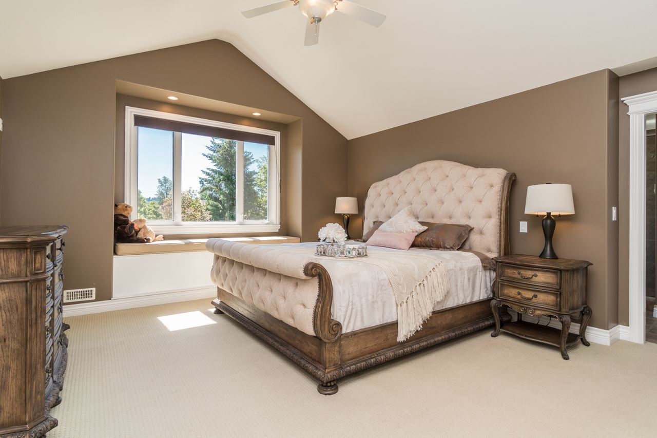 Detached at 15998 36A AVENUE, South Surrey White Rock, British Columbia. Image 10
