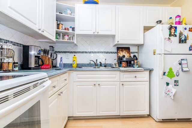 Condo Apartment at 228 32850 GEORGE FERGUSON WAY, Unit 228, Abbotsford, British Columbia. Image 1