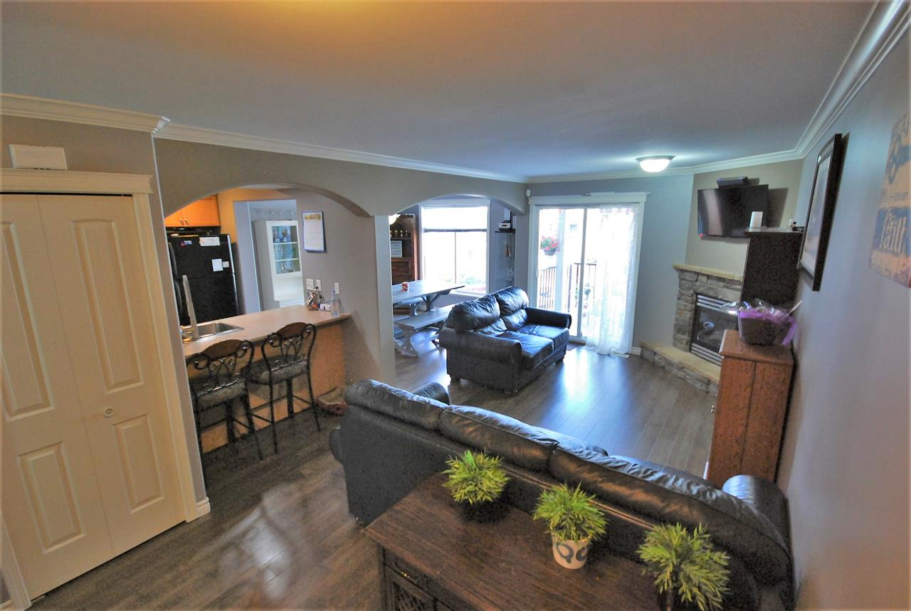 Townhouse at 55 8881 WALTERS STREET, Unit 55, Chilliwack, British Columbia. Image 2