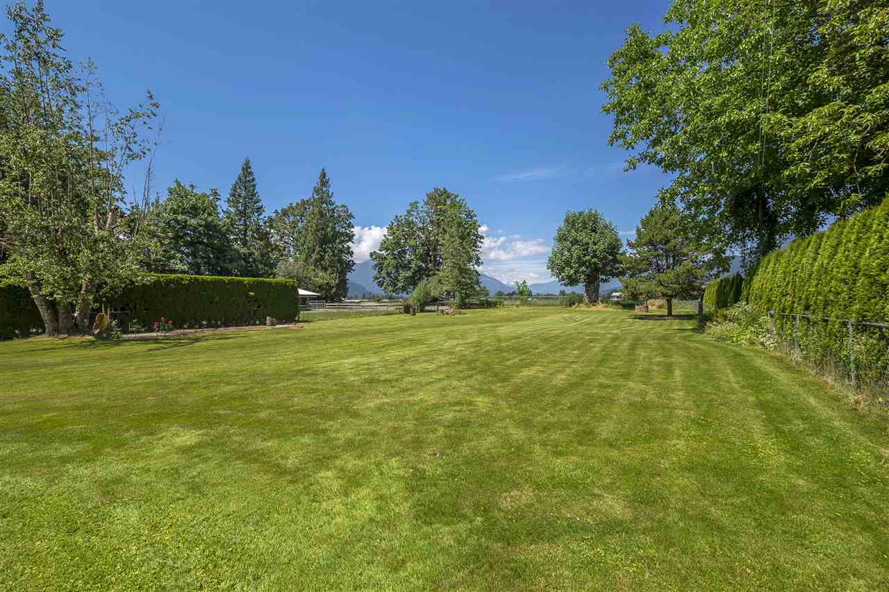 Detached at 47665 HOPE RIVER ROAD, Chilliwack, British Columbia. Image 19