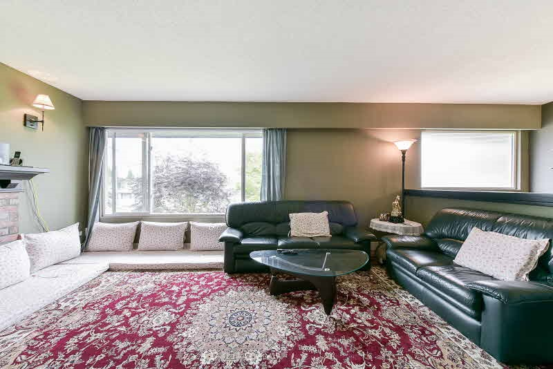Detached at 9352 114 STREET, N. Delta, British Columbia. Image 5