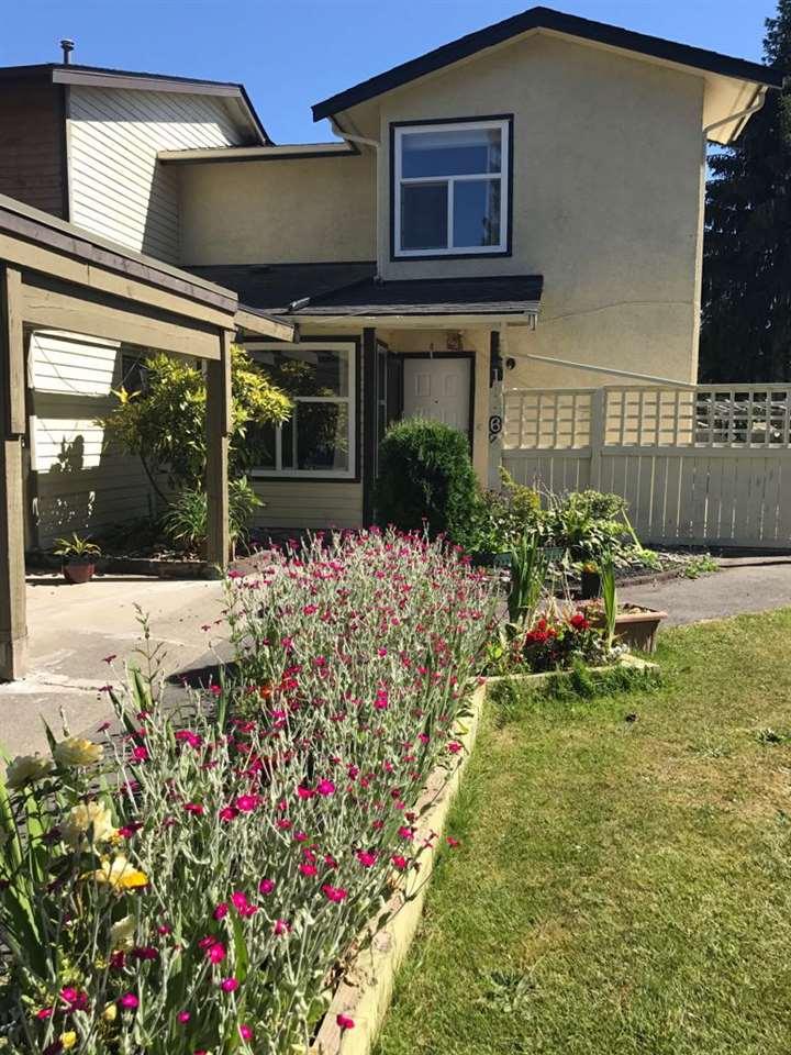 Half-duplex at 13462 69 AVENUE, Surrey, British Columbia. Image 1