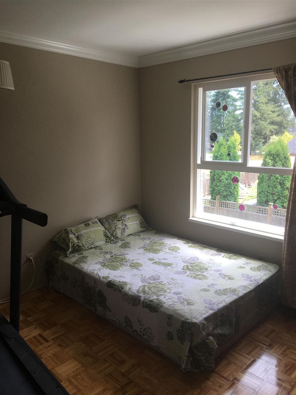 Half-duplex at 13462 69 AVENUE, Surrey, British Columbia. Image 8
