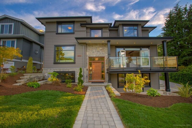 Detached at 6261 6TH STREET, Burnaby South, British Columbia. Image 2