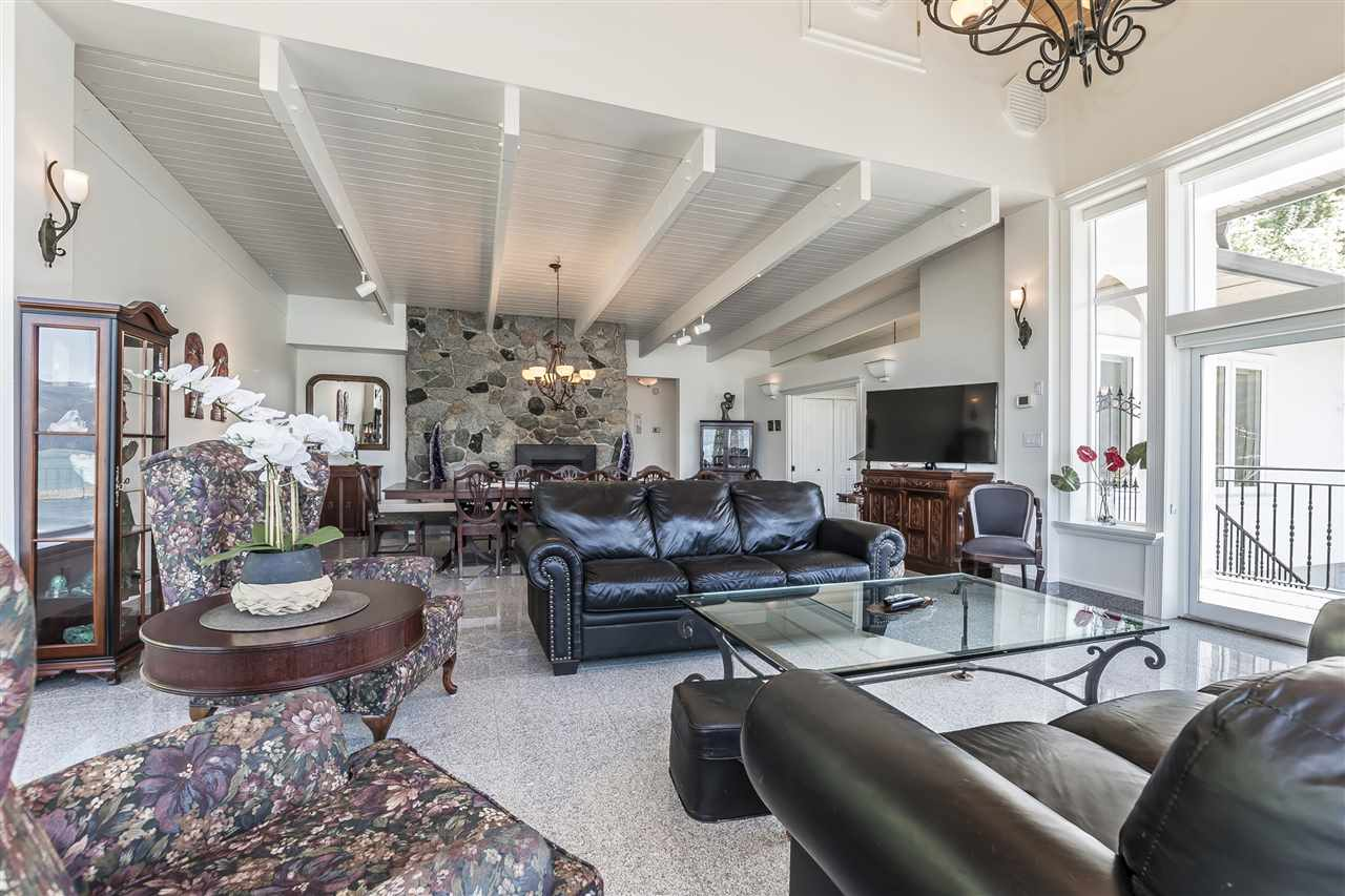 Detached at 5616 ROCKWELL DRIVE, Harrison Hot Springs, British Columbia. Image 9