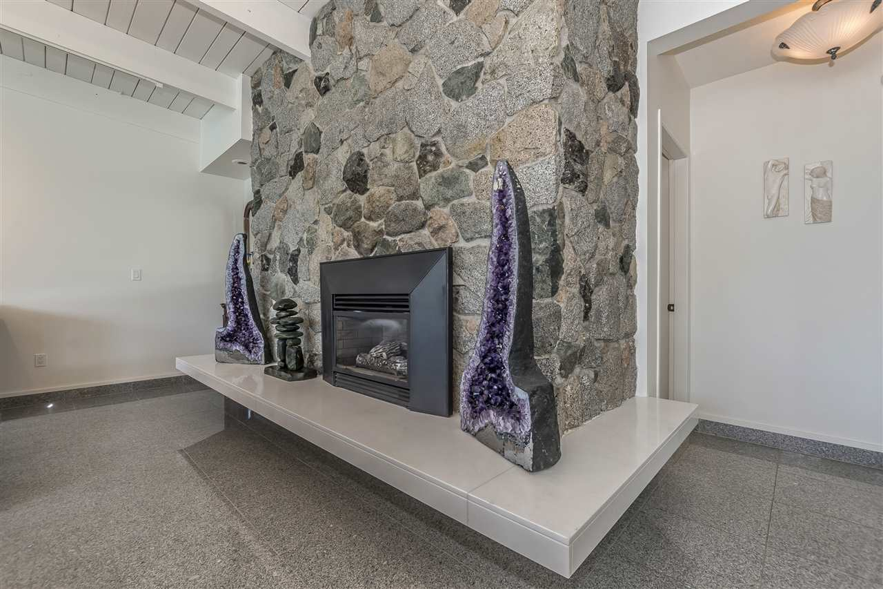 Detached at 5616 ROCKWELL DRIVE, Harrison Hot Springs, British Columbia. Image 13
