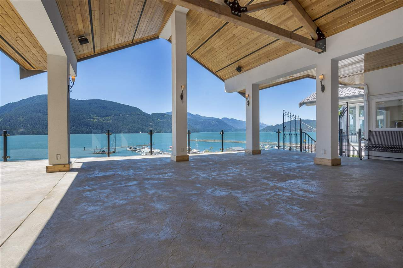Detached at 5616 ROCKWELL DRIVE, Harrison Hot Springs, British Columbia. Image 19