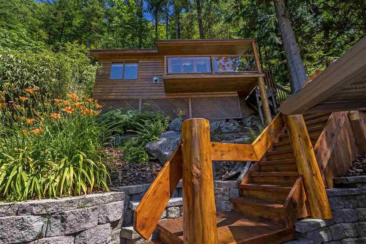 Detached at 5616 ROCKWELL DRIVE, Harrison Hot Springs, British Columbia. Image 20