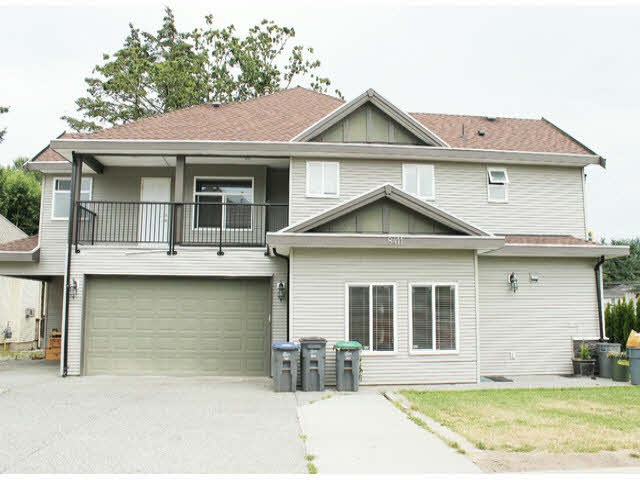 Detached at 8411 144 STREET, Surrey, British Columbia. Image 11