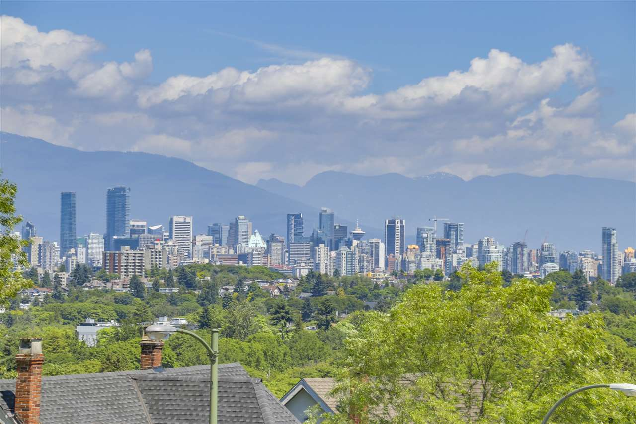 Detached at 3616 W 15TH AVENUE, Vancouver West, British Columbia. Image 2