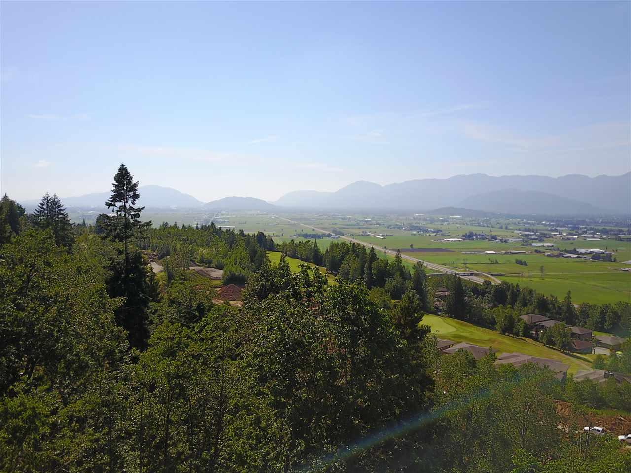 Detached at 8136 NIXON ROAD, Chilliwack, British Columbia. Image 13