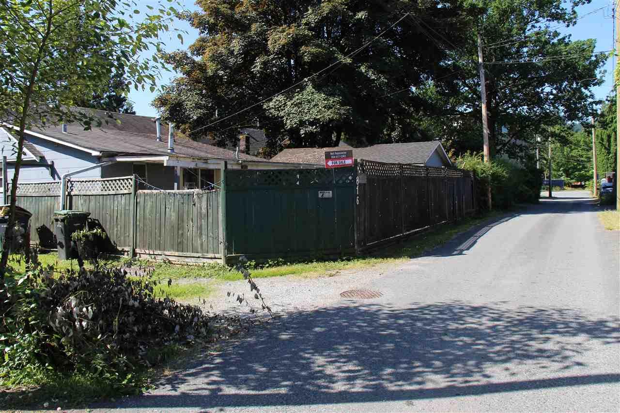 Detached at 816 WESTWOOD STREET, Coquitlam, British Columbia. Image 12