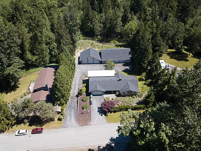 Detached at 10740 TILBURY PLACE, North Surrey, British Columbia. Image 1