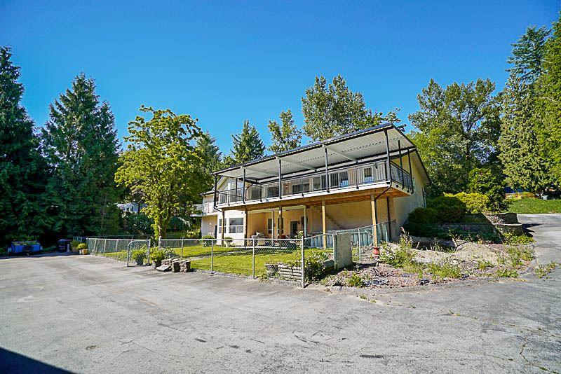 Detached at 10740 TILBURY PLACE, North Surrey, British Columbia. Image 3