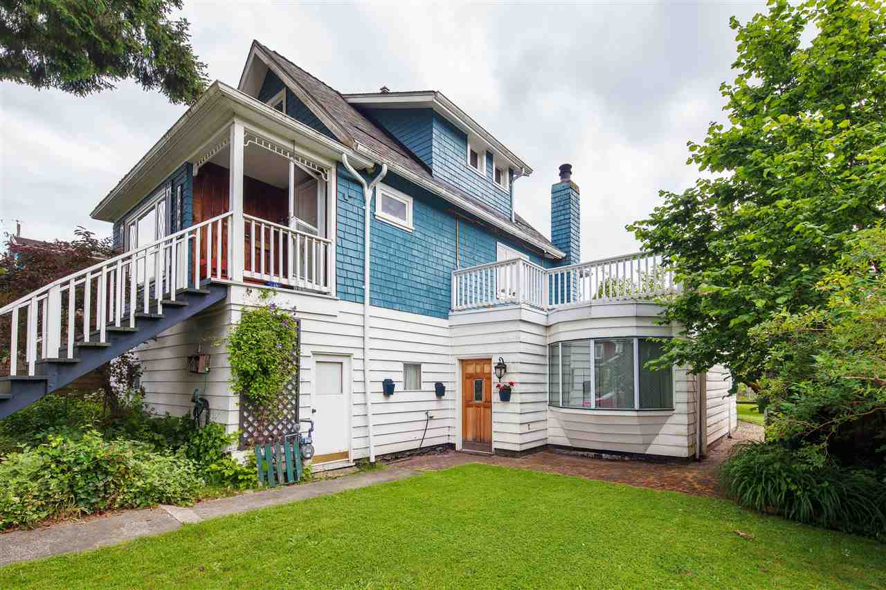 Detached at 1444 E 30TH AVENUE, Vancouver East, British Columbia. Image 3