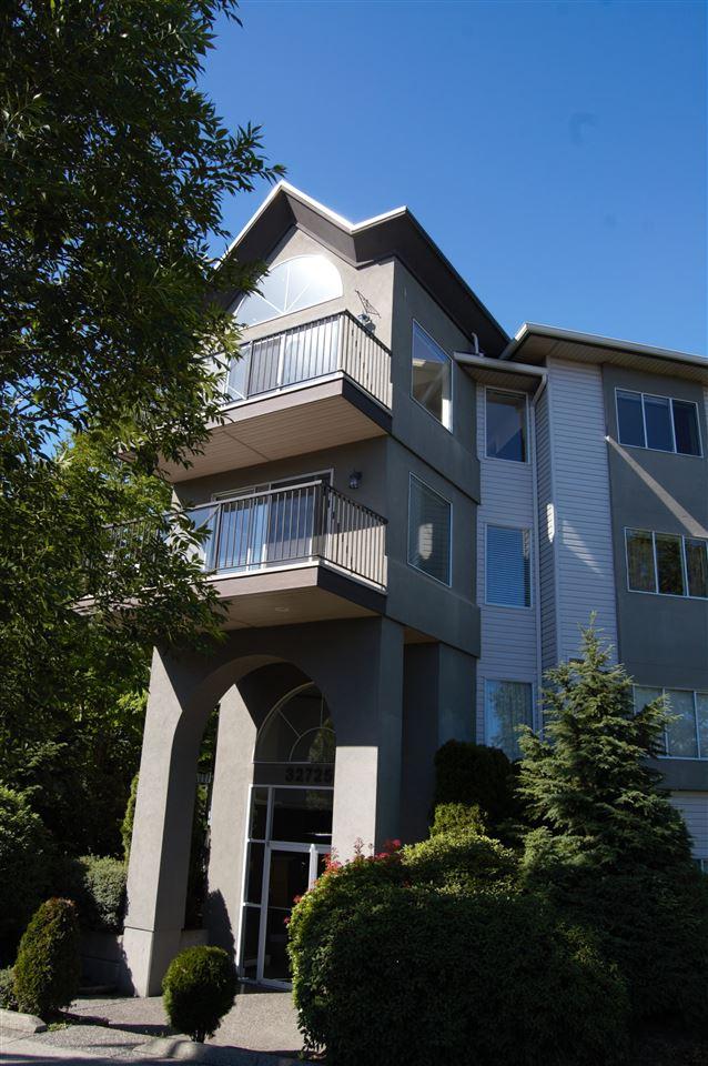Condo Apartment at 311 32725 GEORGE FERGUSON WAY, Unit 311, Abbotsford, British Columbia. Image 1