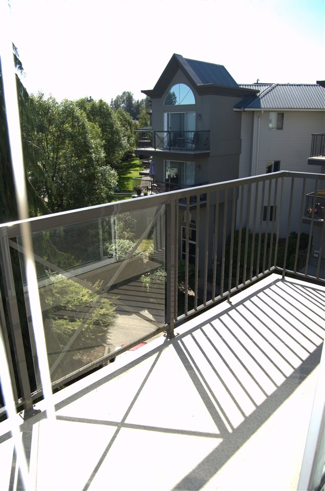 Condo Apartment at 311 32725 GEORGE FERGUSON WAY, Unit 311, Abbotsford, British Columbia. Image 5