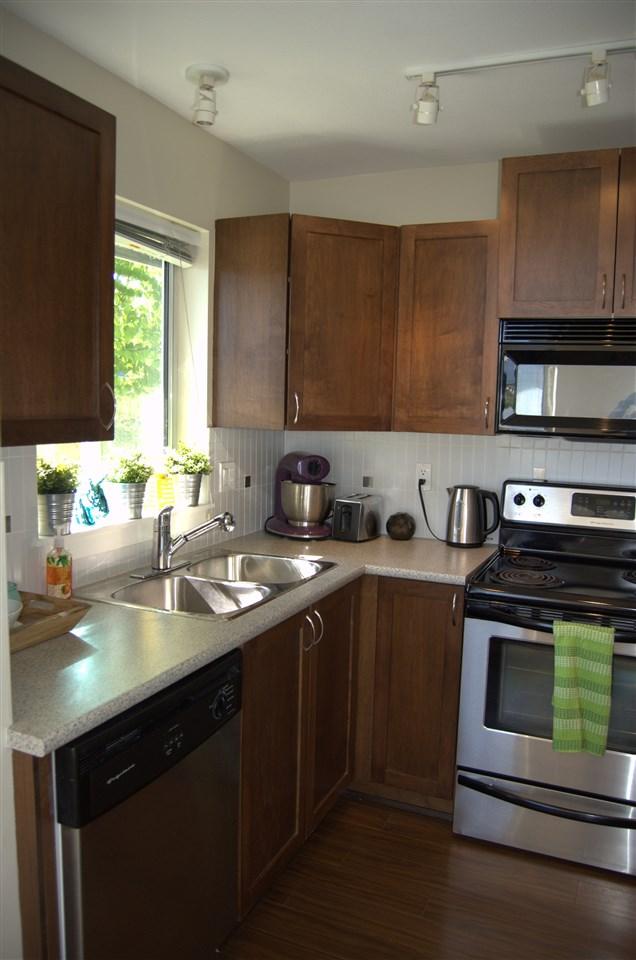 Condo Apartment at 311 32725 GEORGE FERGUSON WAY, Unit 311, Abbotsford, British Columbia. Image 6