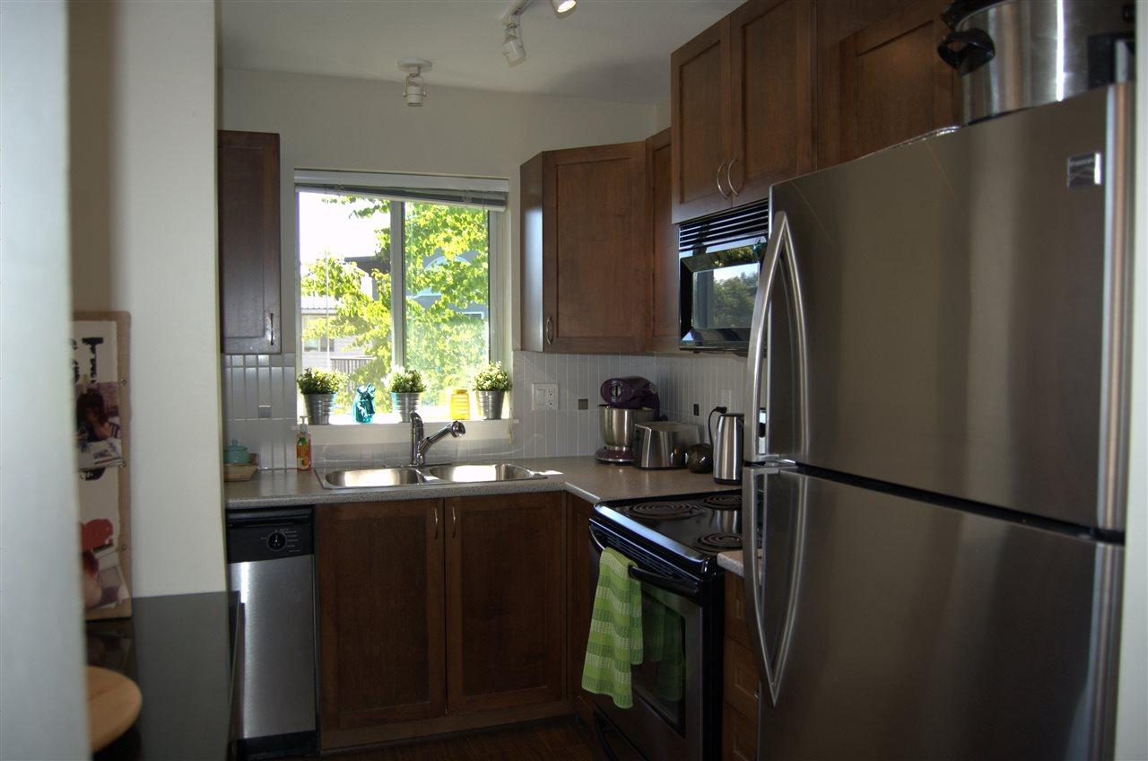 Condo Apartment at 311 32725 GEORGE FERGUSON WAY, Unit 311, Abbotsford, British Columbia. Image 7