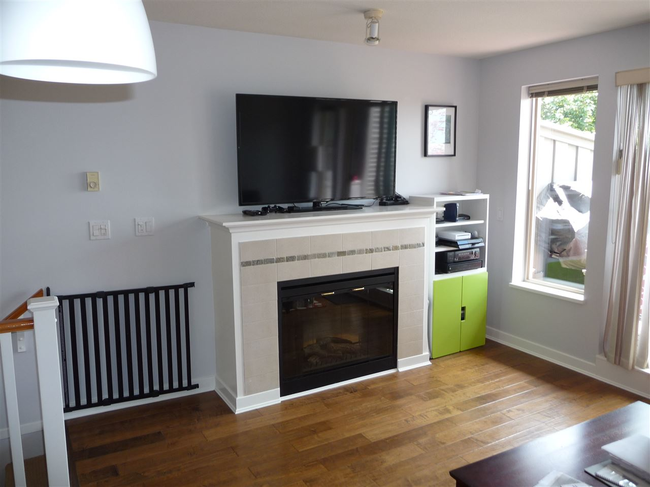 Townhouse at 11 3737 PENDER STREET, Unit 11, Burnaby North, British Columbia. Image 3