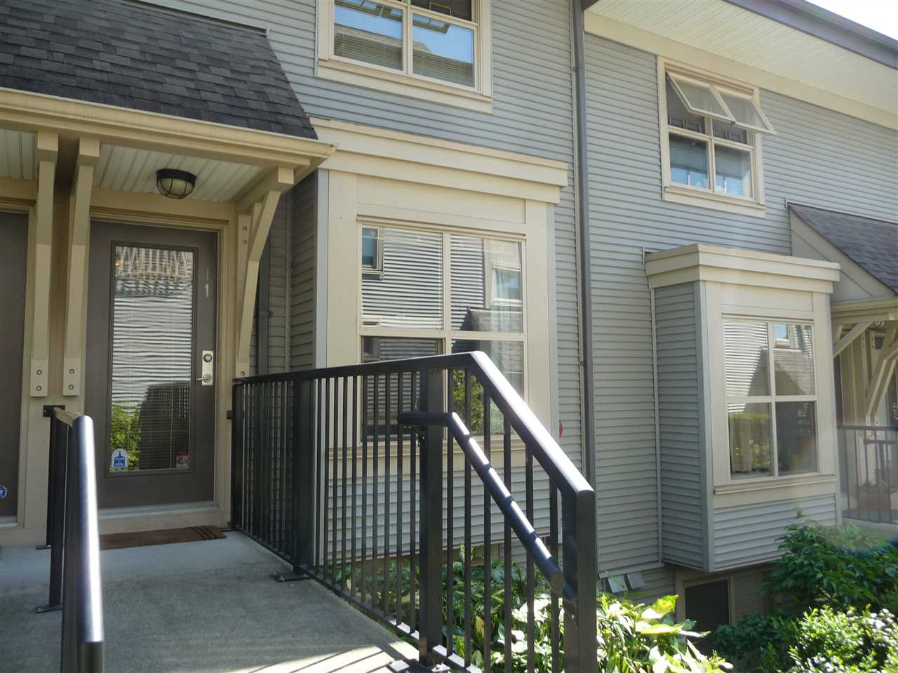 Townhouse at 11 3737 PENDER STREET, Unit 11, Burnaby North, British Columbia. Image 13