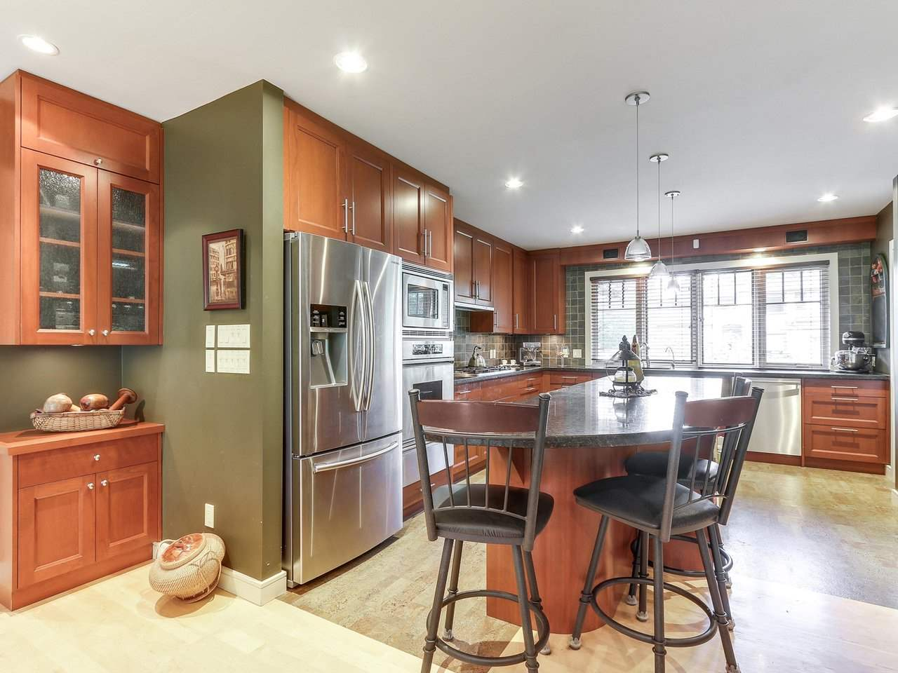 Detached at 1540 E 27TH STREET, North Vancouver, British Columbia. Image 9
