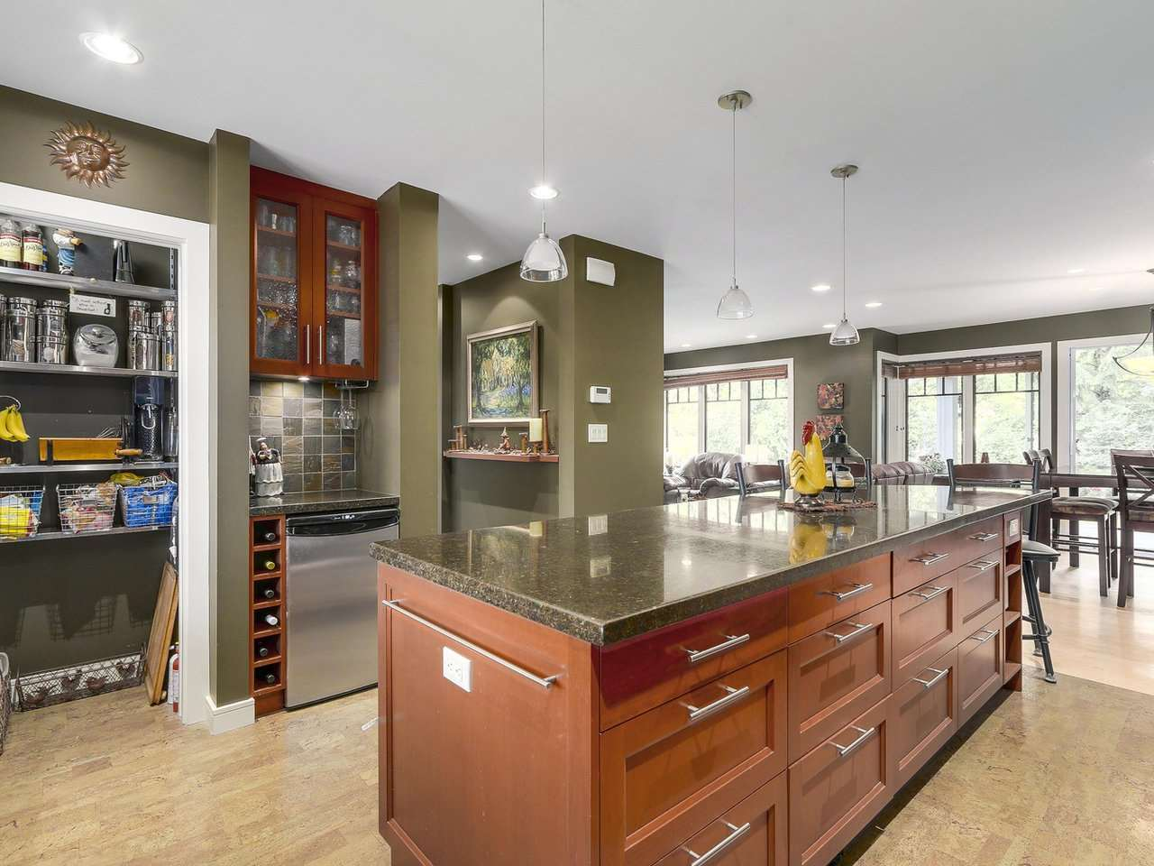 Detached at 1540 E 27TH STREET, North Vancouver, British Columbia. Image 10