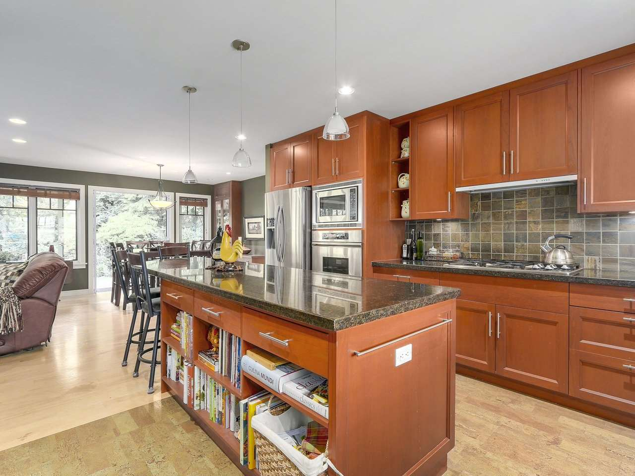 Detached at 1540 E 27TH STREET, North Vancouver, British Columbia. Image 11