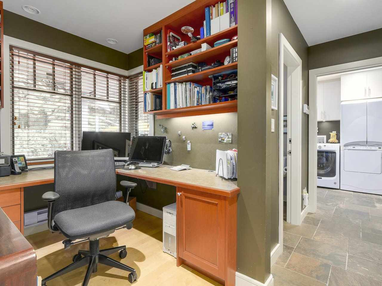 Detached at 1540 E 27TH STREET, North Vancouver, British Columbia. Image 12